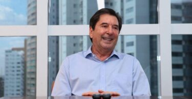Brazilian mayor elected while in coma dies of Covid-19, Republik City News