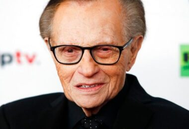 Veteran US broadcaster Larry King dead at 87, Republik City News